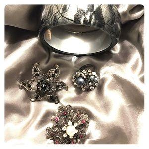 Jewelry lot 3 Cocktail Rings 1 bangle bracelet